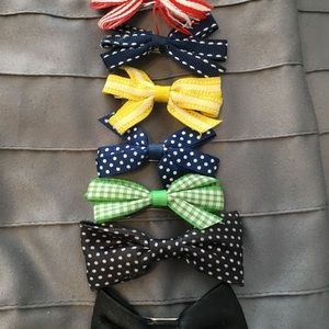 Set of hair bows- *free with bundle of 3 or more*